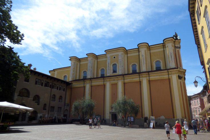 chiesa santa maria assunta riva del garda