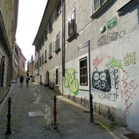 lubiana slovenia strada street art