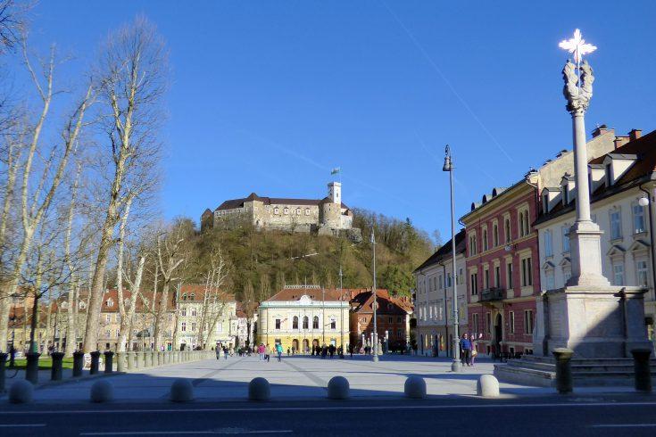 kongresni trg lubiana slovenia castello
