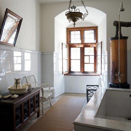 bouzov castello fantaghirò moravia repubblica ceca interni bagno
