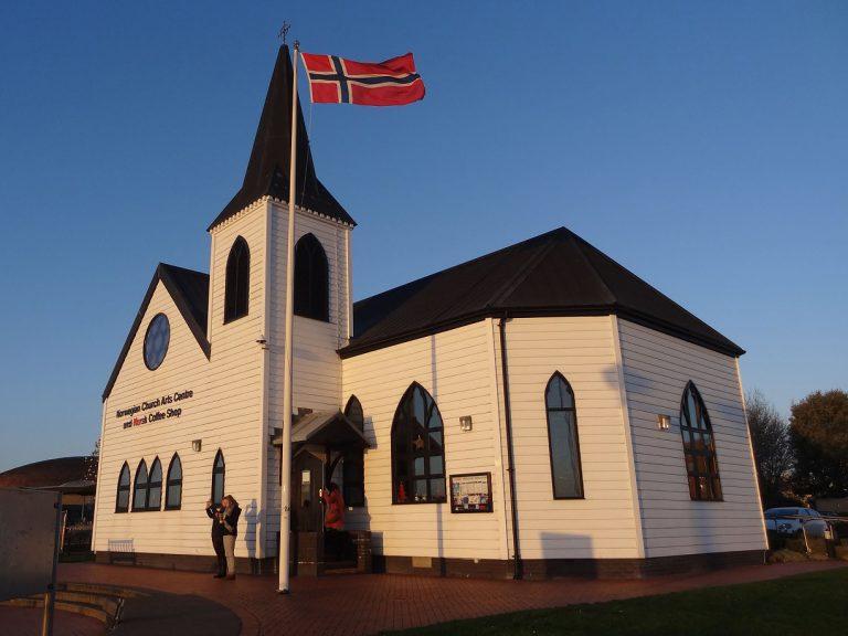cardiff bay baia di cardiff chiesetta norvegese roald dahl