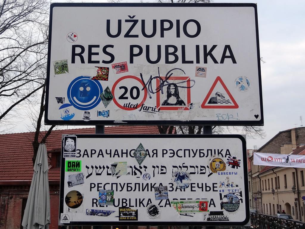 cartello ingresso repubblica di uzupis vilnius