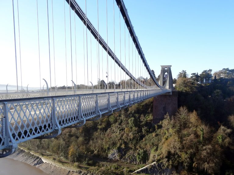 bristol inghilterra ponte sospeso di clifton in tutta sua lunghezza