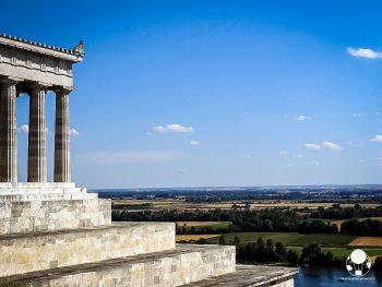 profilo-valhalla-tempio-greco-eroi-tedeschi-sul-danubio-ratisbona-berightback