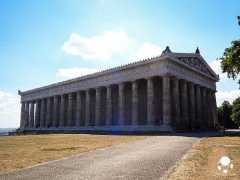 valhalla-tempio-greco-eroi-tedeschi-sul-danubio-ratisbona-berightback