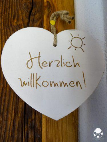westendorf-austria-tirolo-pension-sonnwend-benvenuto-herzlich-willkommen-berightback