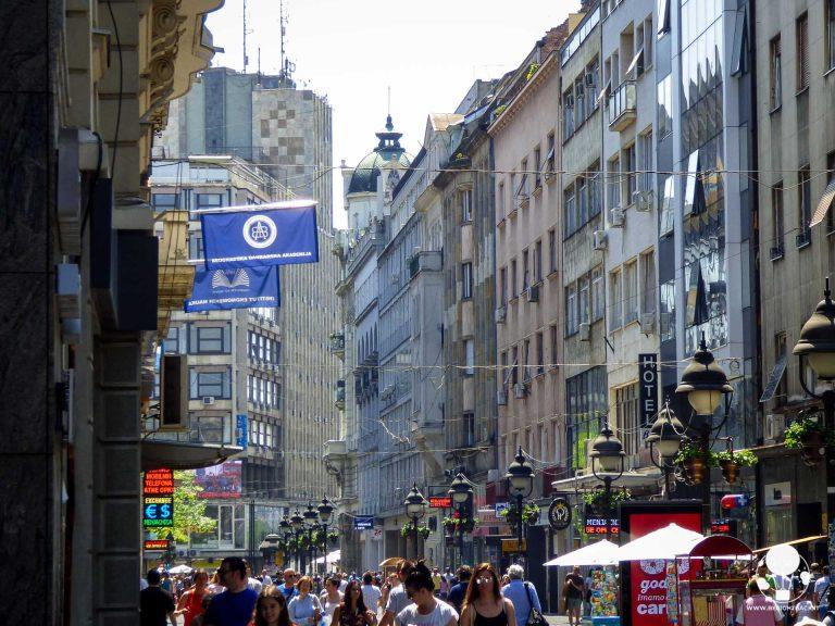 Knez Mihajlova con Palazzo Albania sullo sfondo, Belgrado