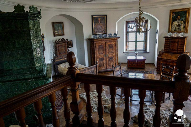 Castello di Bouzov, camera da letto in legno
