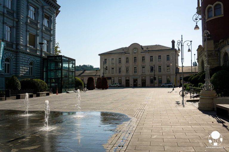 cosa-vedere-a-celje-krekov-trg-piazza-stazione-centrale-berightback