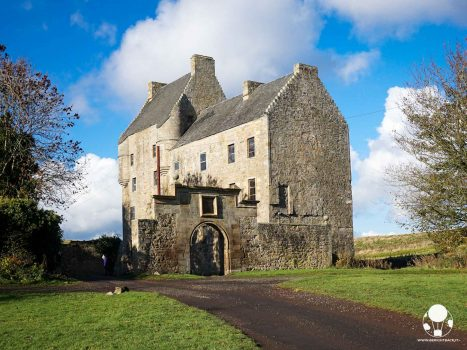 outlander midhope castle hopetoun house tenuta di lallybroch jamie jenny fraser