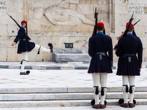 atene cambio della guardia parlamento grecia