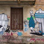 Centro Atene Grecia street art pescatore e cactus