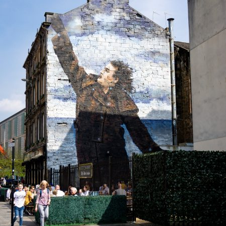 glasgow mural trail compleanno billy connolly
