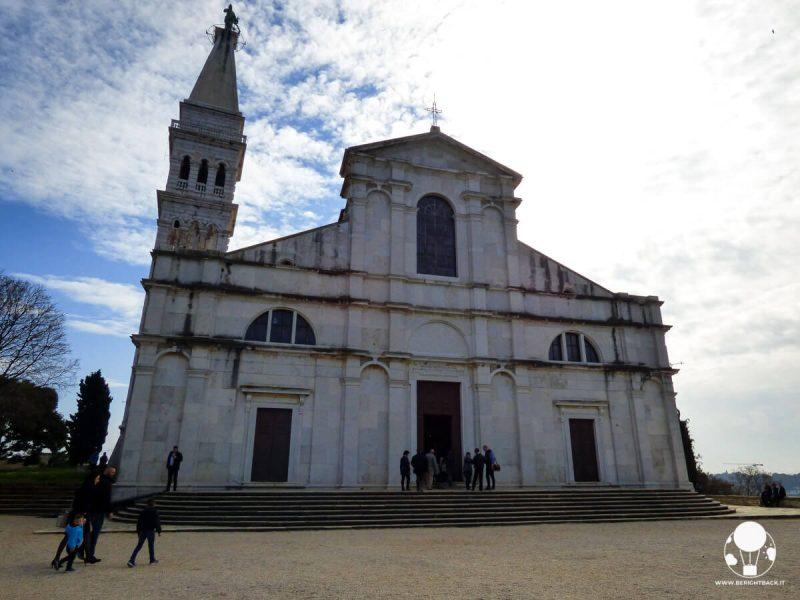 rovigno-cosa-vedere-chiesa-santa-eufemia-campanile-stile-veneziano-berightback
