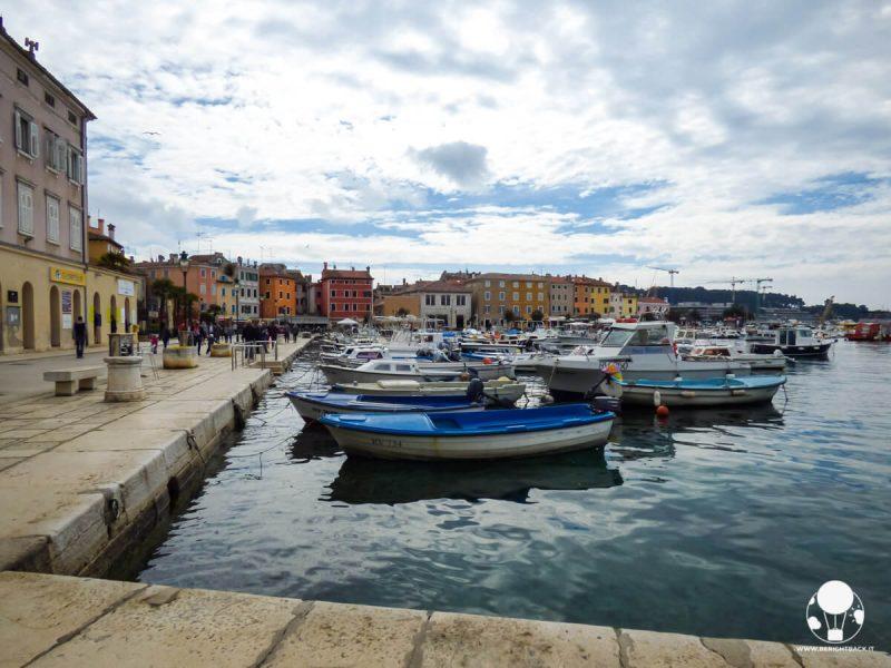 rovigno-porto-barche-turismo-croazia-berightback