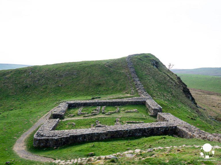 roman wall inghilterra fortino vallo di adriano