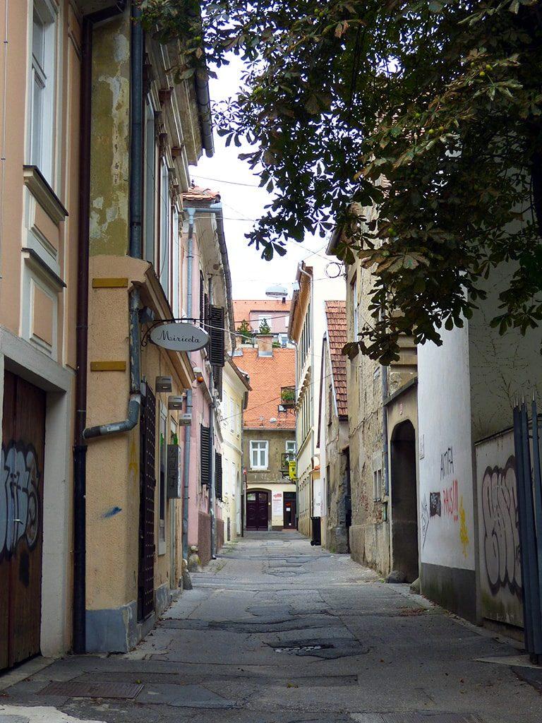maribor marburgo slovenia vicoli centrali senza negozi