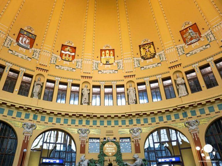 praga-stazione-centrale-vecchia-biglietteria-stile-art-nouveau-berightback