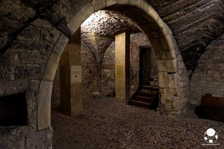 sotterranei-praga-vecchio-municipio-in-piazza-della-citta-vecchia-berightback