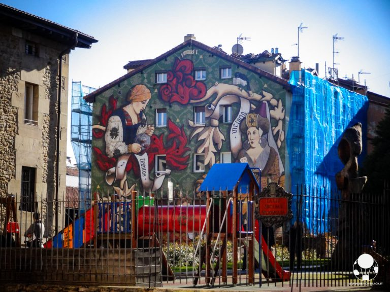 vitoria gasteiz capitale paesi baschi spagna street art graffiti casco viejo opere d'arte
