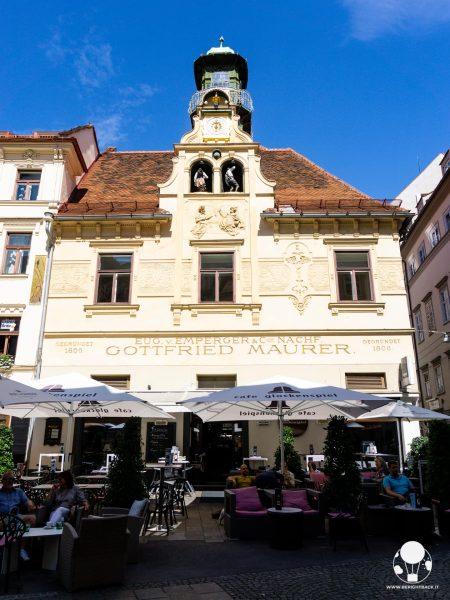 graz austria stiria glockenspiel carillon casa gottfried maurer