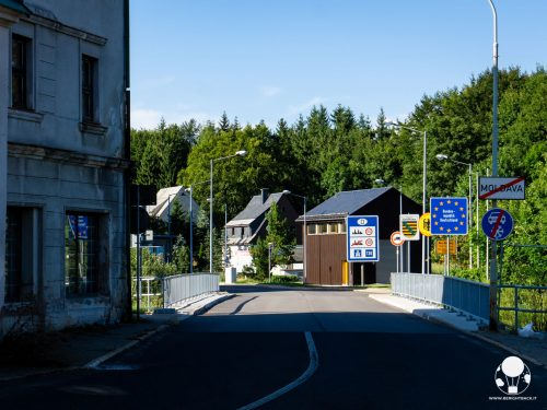 moldava-confine-di-stato-repubblica-ceca-germania-krusne-hory-cartelli-berightback-2-min