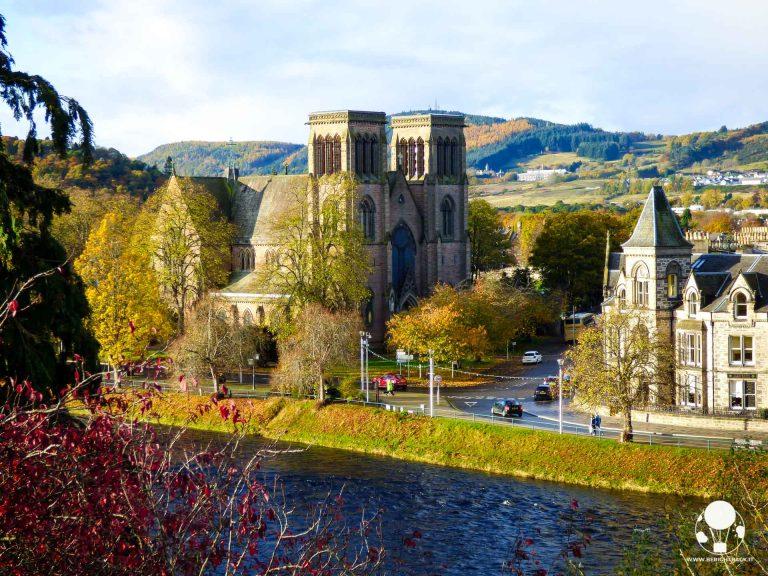 scozia itinerario autunnale inverness cattedrale fiume ness