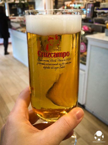 cosa bere a siviglia cerveza birra sivigliana cruzcampo andalusia