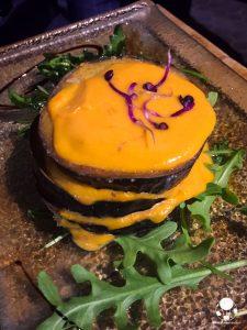 cosa mangiare centro siviglia berenjenas fritas con salmorejo
