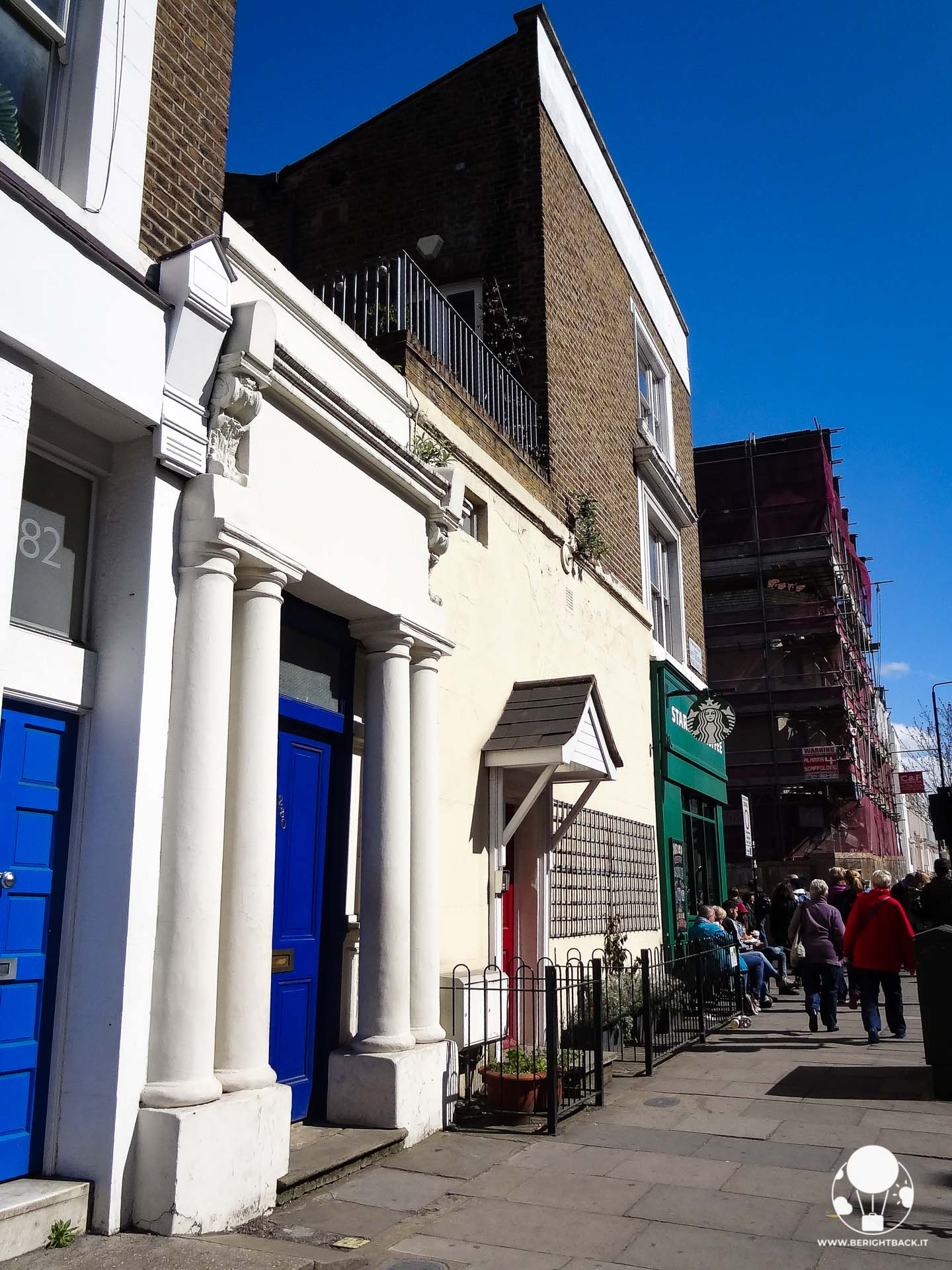 notting hill londra blue door casa william tacker high grant