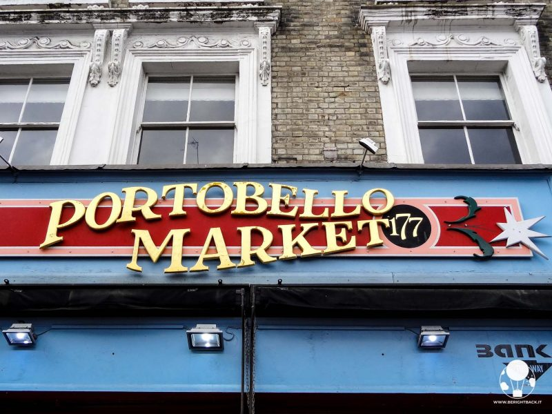 londra notting hill portobello road market insegna strada mercatino