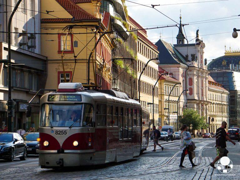 praga tram 22 narodni trida