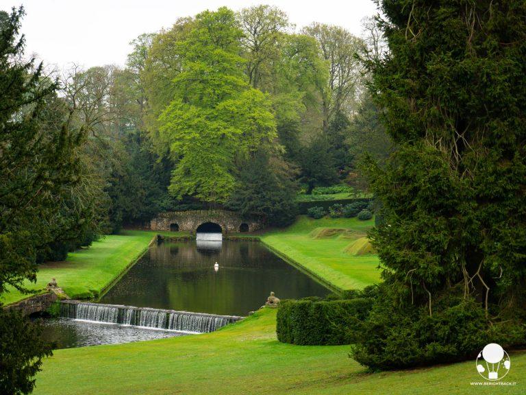 Il parco reale di Studley custodisce anche alcuni ponti sul fiume Skell