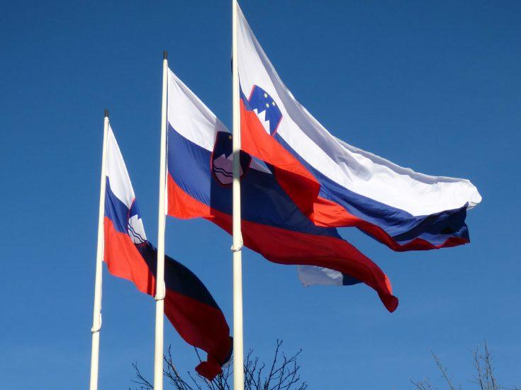 curiosità sulla slovenia cosa rappresenta la bandiera