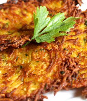 secondi piatti tipici repubblica ceca bramborak frittata patate aglio
