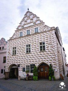 tabor repubblica ceca boemia meridionale cosa vedere case borghesia frontone decorato merlature prazska