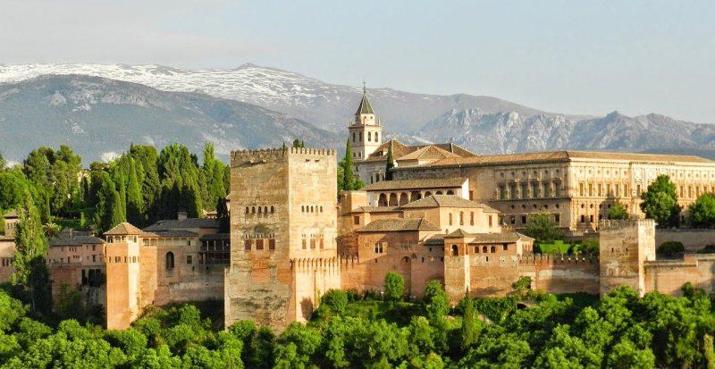 Granada e lo splendore della sua Alhambra