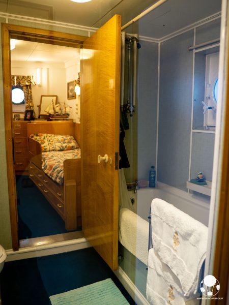 Camera bagno privati dell'ammiraglio a bordo della Royal Yacht Britannia, Edimburgo