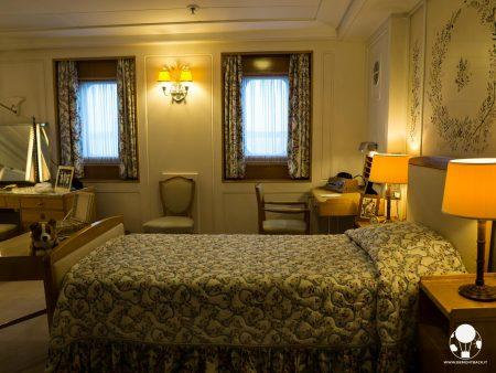 La camera da letto della regina Elisabetta, separata da quella del consorte, sulla Royal Yacht Britannia