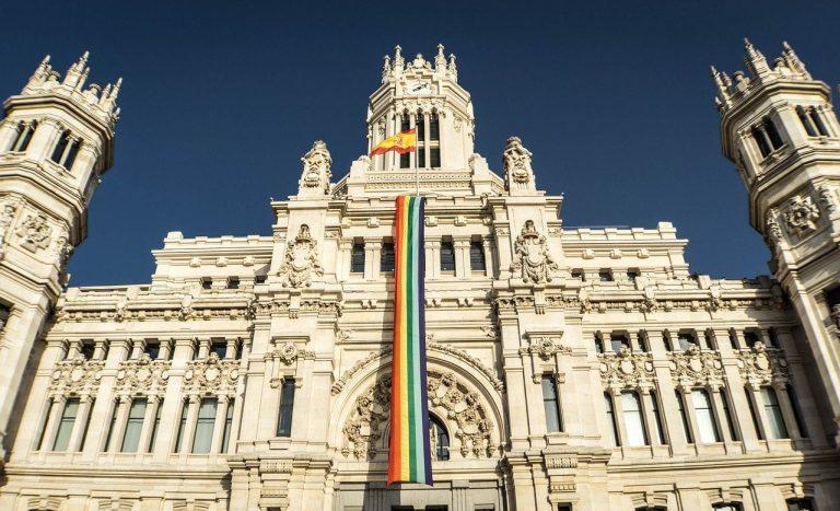 madrid-gay-pride-flag-plaza-de-cibeles-min