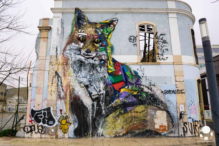 lisbona-street-art-chiado-volpe-raposa-em-lixo-bordalo-II-berightback-min