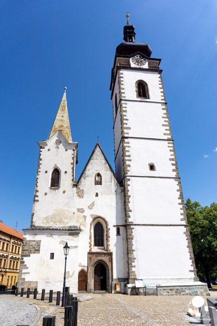 pisek-chiesa-della-nativita-della-vergine-maria-torre-panoramica-berightback