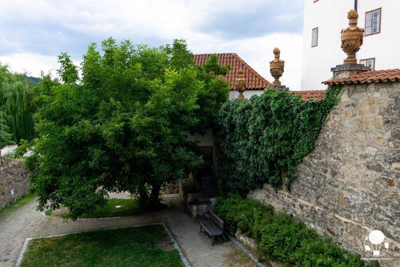 pisek-fossato-gotico-medievale-trasformato-in-parco-berightback