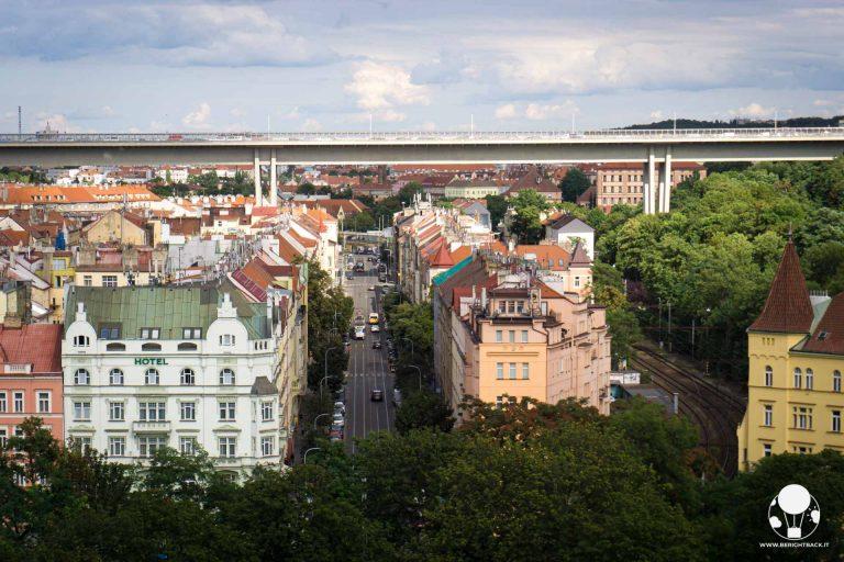 ponte-più-alto-di-praga-nuselsky-most-berightback
