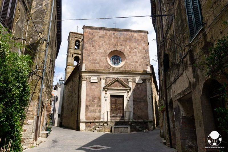pitigliano-maremma-chiesa-di-san-rocco-berightback