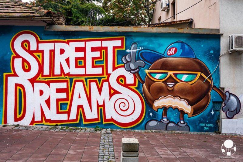 belgrado-street-art-skadarlija-cetinjska-sweet-dreams-marshmellow-berightback