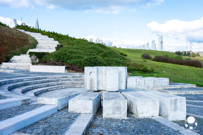 L'ingresso al memoriale di Kadinjača
