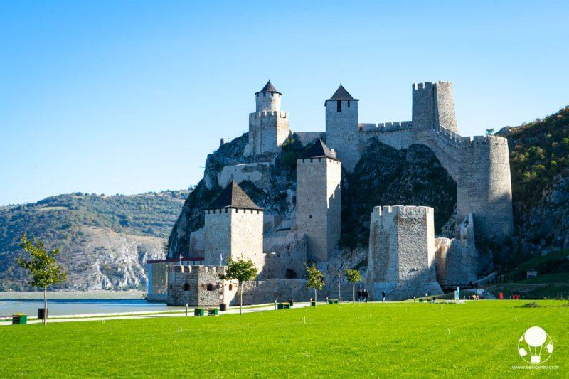 La fortezza di Golubac, sulle sponde del Danubio