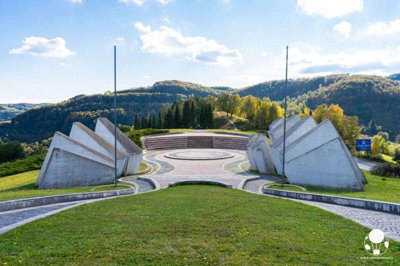 L'anfiteatro del memoriale di Kadinjača