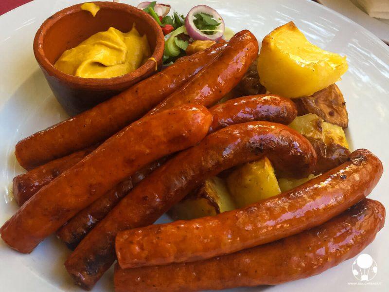 cosa-mangiare-a-belgrado-klobasica-salsiccia-berightback